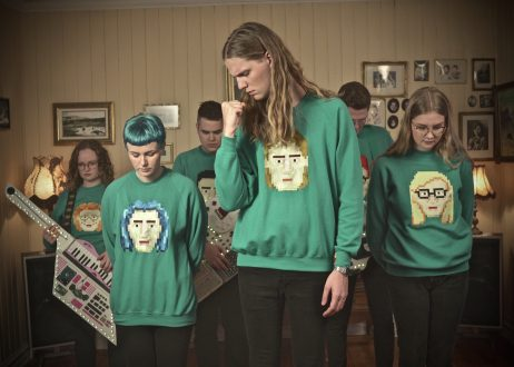 Daði Freyr in think about things music video