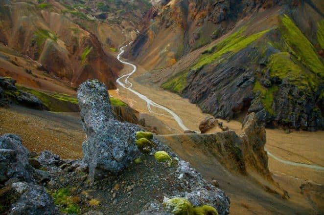 La région volcanique de Caldeira Landmannalaugar est hors de ce monde