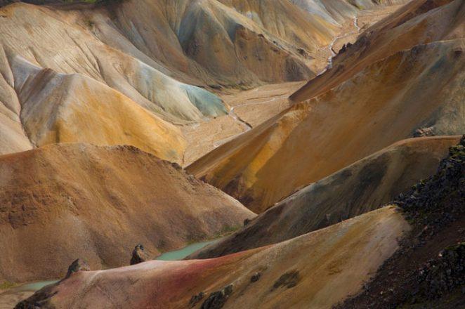 Zone géothermique de Landmannalaugar dans les hautes terres d'Islande