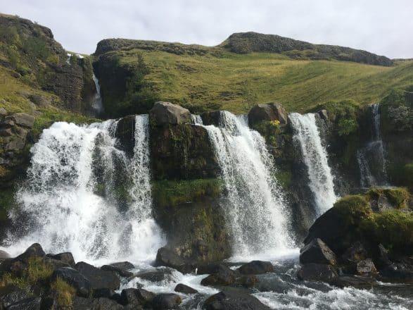 Cascade de Gluggafoss dans le sud de l'Islande