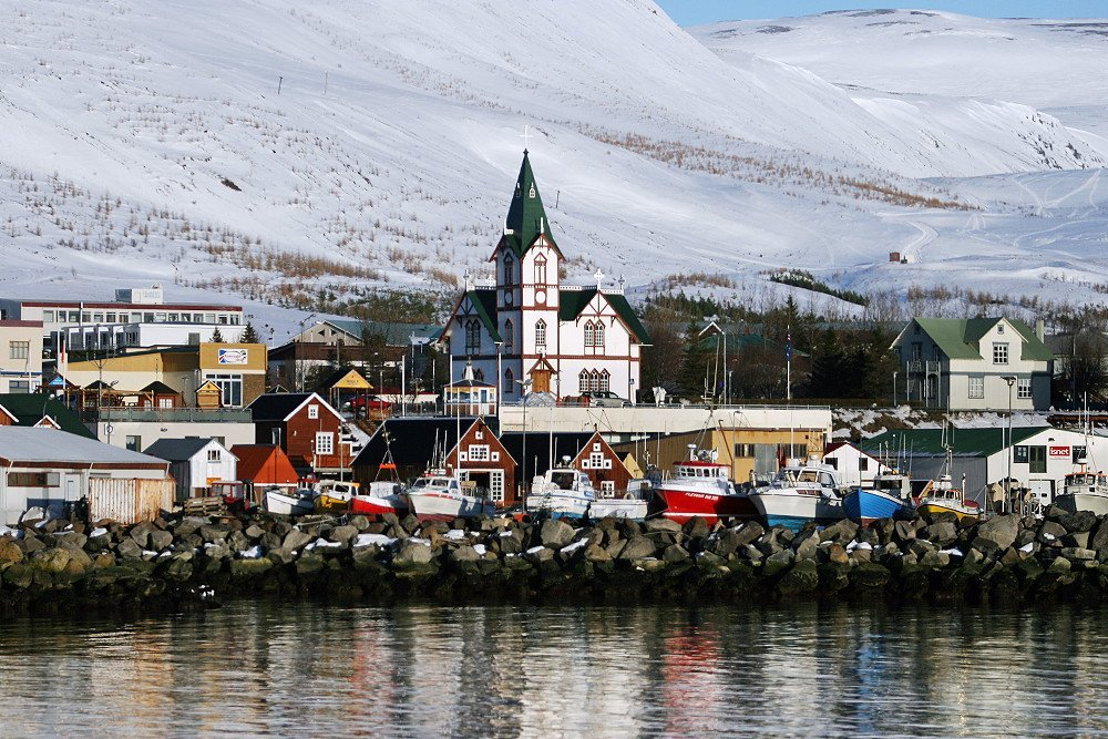 The North Iceland town of Húsavík with its iconic church in the centre.