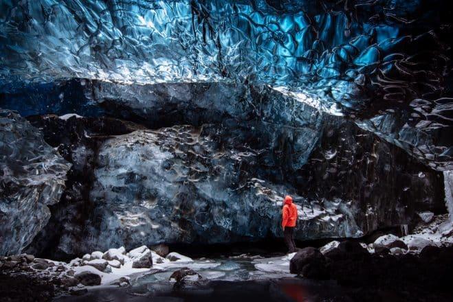 Une grotte de glace en Islande