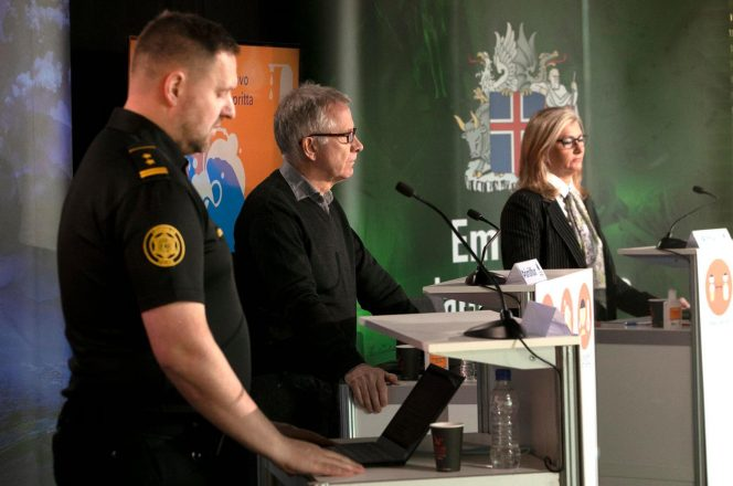 Icelandic officials holding a COVID-19 briefing