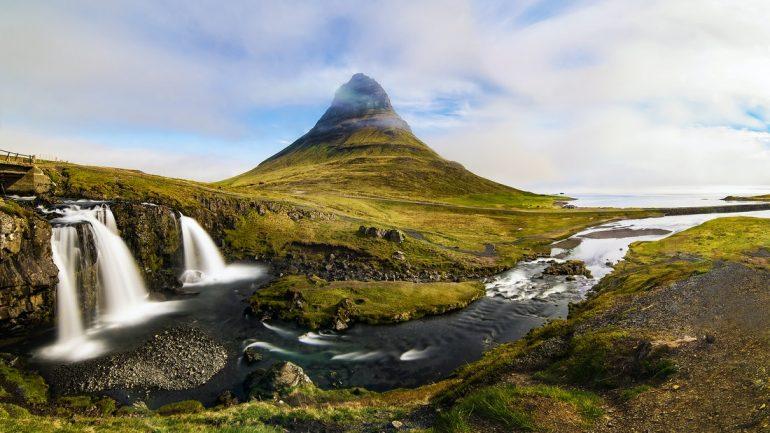 The mountain Kirkjufell in west Iceland.