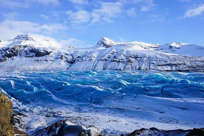 Frosty view of Svínafellsjökull glacier in Vantajökull National Park