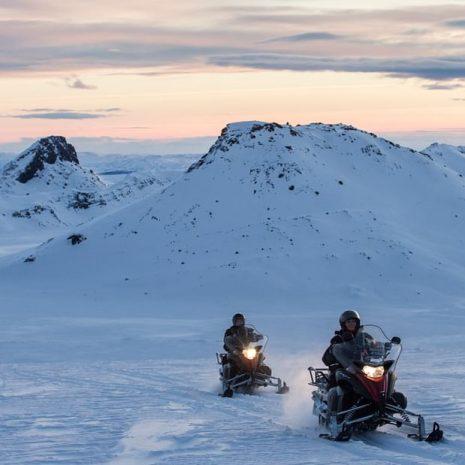 Excursion en motoneige sur le glacier Langjokull depuis la cascade Gullfoss