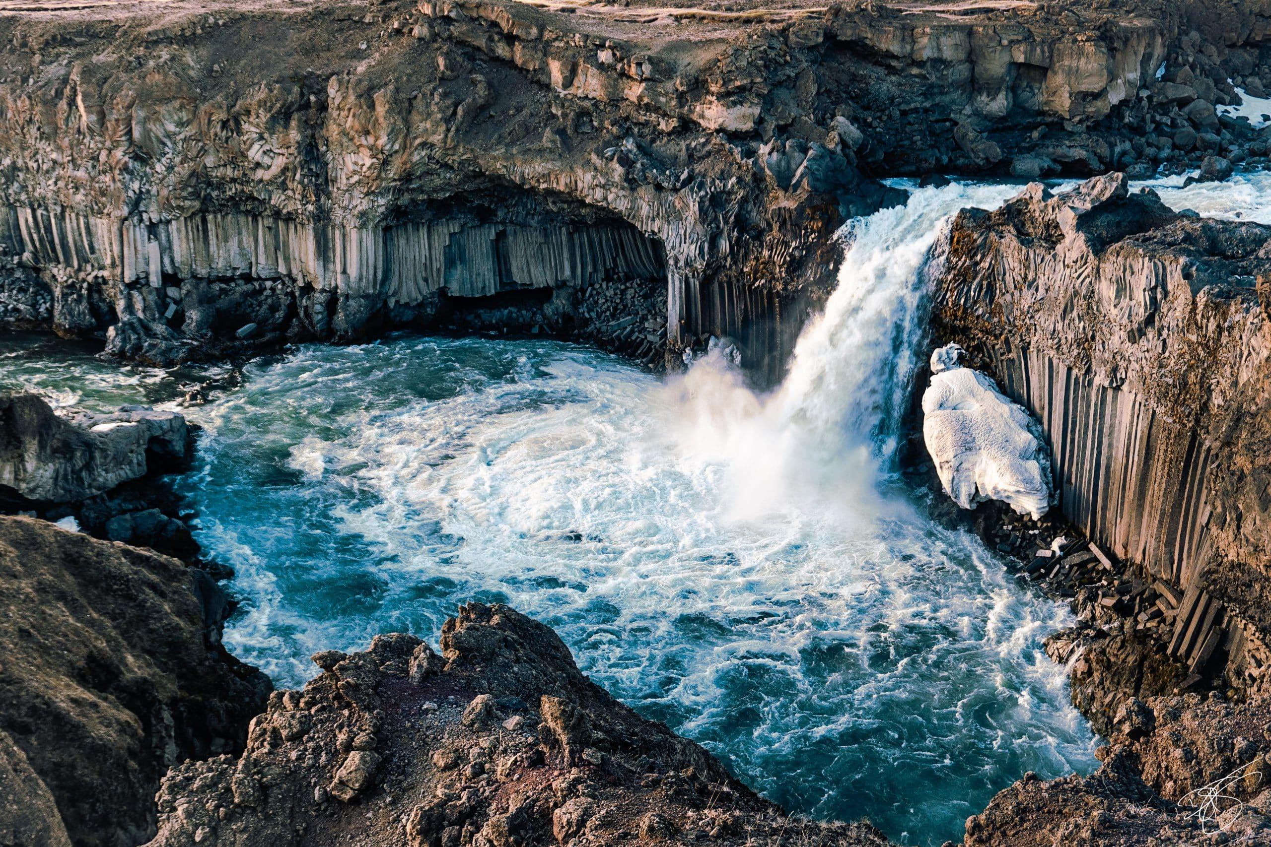 Aldeyjarfoss, a beautiful blue waterfall in the Icelandic Highlands.