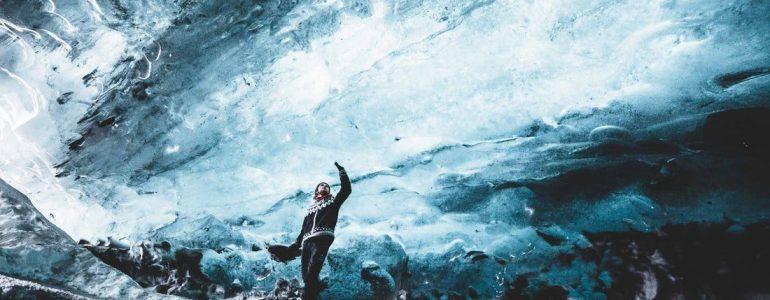 Visite d'une grotte de glace en super jeep   Départ de la lagune glaciaire de Jökulsárlón